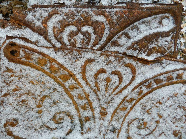 Snowdustwhitecircles 002