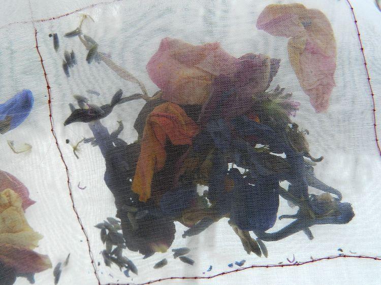Bloom quilt 12